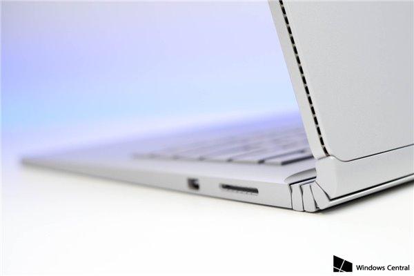 微软Surface Book布局太拖沓,英国需等到2016年