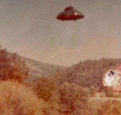 还说没有UFO,看看这些是什么 - 289923074 - 爱我中华