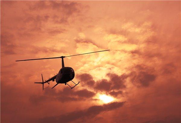 震惊:发动机坏掉时直升飞机越高越安全