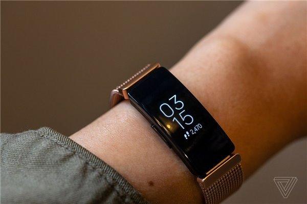 消息称Facebook曾多次竞标收购Fitbit 报价略低于谷歌