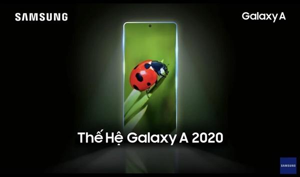 三星Galaxy A系列预告视频,采用前置居中挖孔屏设计