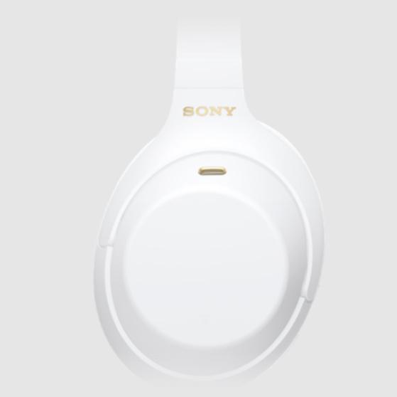 索尼应用代码曝光白色款 WH-1000XM4 耳机:金色 Logo,还有全新音频功能