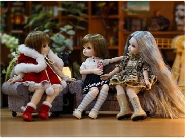 小米9发布会同款娃娃上线:23个关节可动,299元起