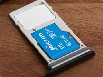美光發布旗下首款 1TB 內存卡:QLC NAND,100MB/s