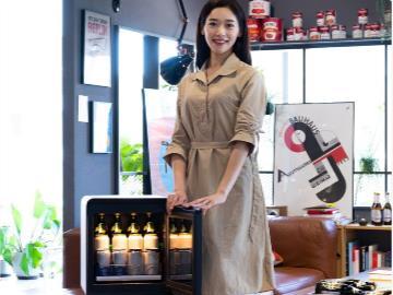 三星本月将在韩国推出新款迷你冰箱,约 3500 元至 3800 元