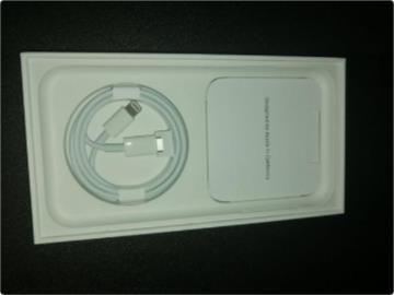 没有电源适配器和耳机后,苹果iPhone 11新包装变成怎样了