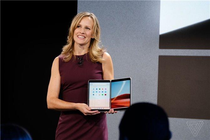 微软Windows 10X系统亮相:为折叠设备Surface Neo深度
