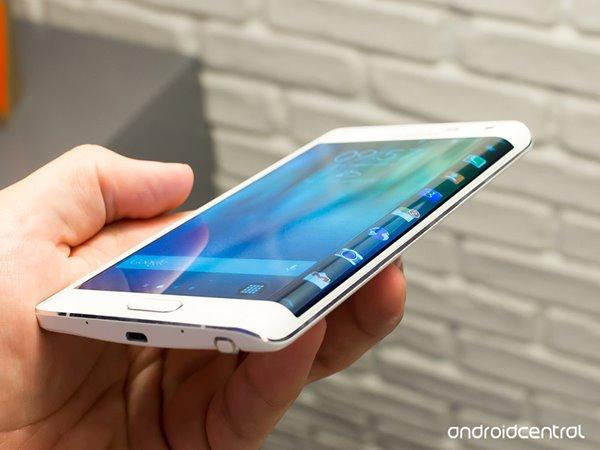 三星首款弯曲屏幕手机:Galaxy Note Edge - 三星Galaxy Note Edge,Galaxy Note Edge,三星 - IT之家