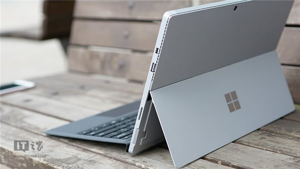��先看:IT之家��行版Surface Pro 4上手�D�p