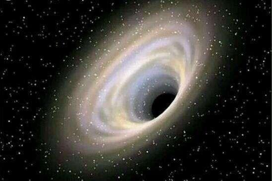 黑洞差点摧毁了时间:只允许以熵增加的方向流动}