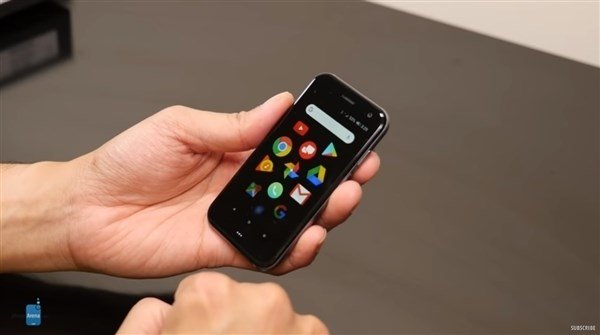 Palm超小屏手机入网工信部:仅3.3英寸大