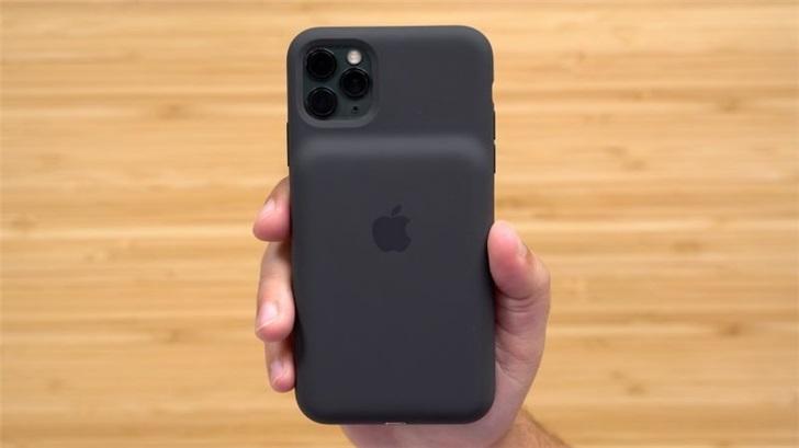 配備相機按鈕,蘋果iPhone 11 Pro Max智能電池殼上手