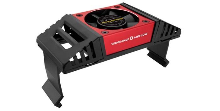 海盗船推出DDR4 4000高频内存:小风扇辅助散热,32GB 2799元 第3张