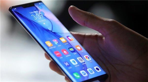 余承东透露:华为手机2019全年销售2.4亿部 收入达到1220亿美元