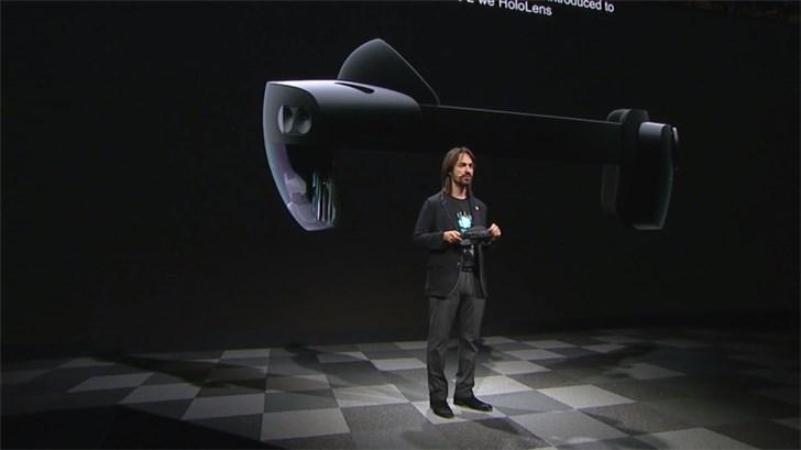售价3500美元,微软HoloLens 2正式发布:视野翻倍,