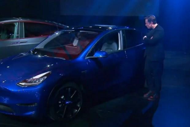 特斯拉全新车型Model Y售价3.9万-6万美元