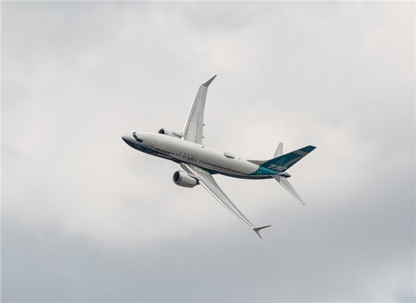 波音完成737 Max软件修复试飞:共127次累计203小时