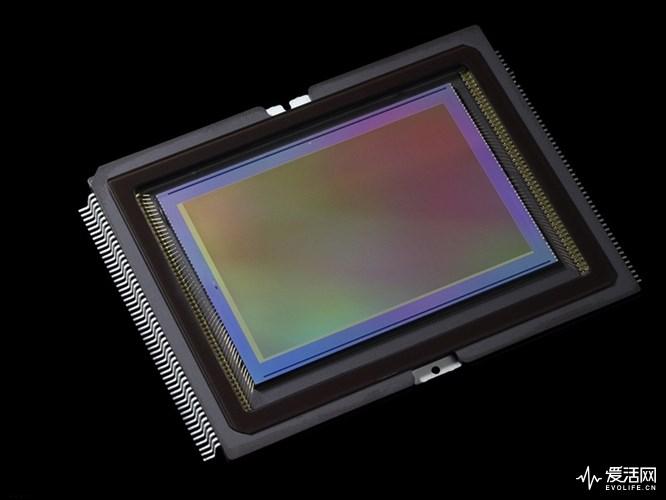 佳能新款2400万像素APS-C传感器即将到来,祖传那块是时候退休了