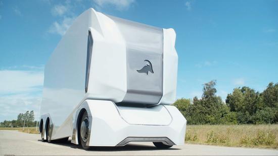 全球首例:瑞典无人驾驶电动卡车获准上路运货
