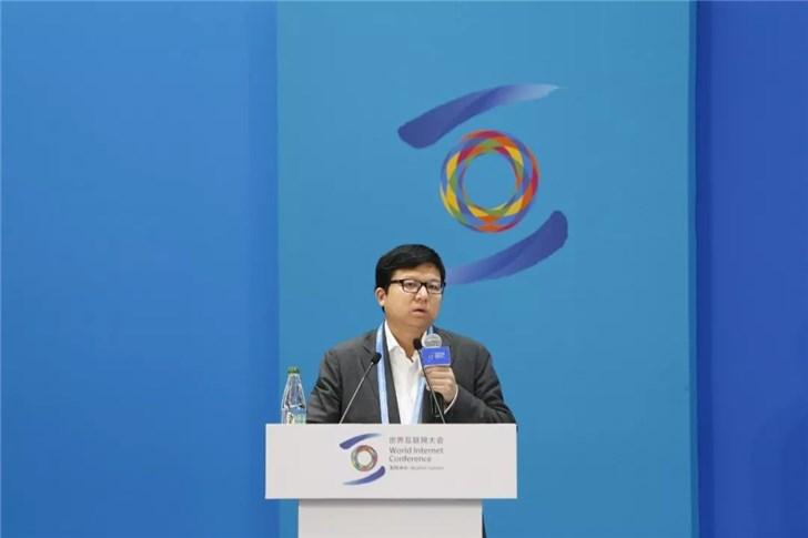 快手副总裁王强:快手日活跃用户已超过2亿,看宿华的商业化节奏与选择