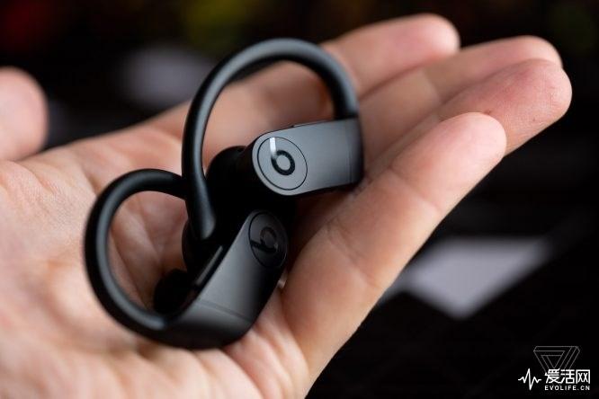 苹果Beats Powerbeats Pro初步体验:续航长,隔音强