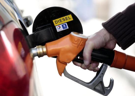 法国将立法确定2040年禁售燃油车