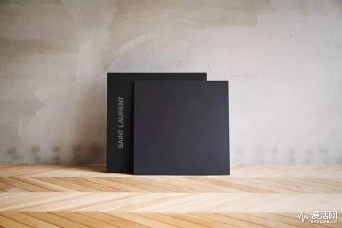 COTODAMA音箱推出圣罗兰合作版 通过Wi-Fi与家庭网络连接