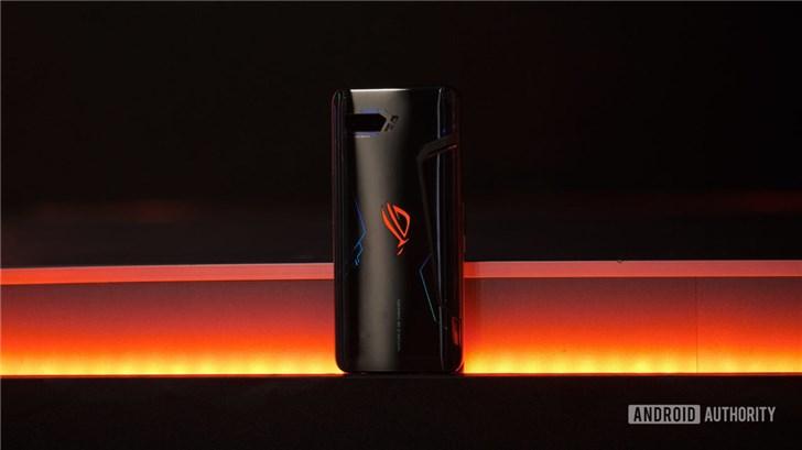 华硕ROG游戏手机2正式发布:120Hz屏/骁龙855 Plus/6000mAh电池