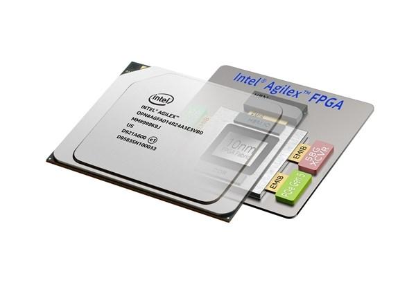 英特尔出货Agilex FPGA芯片 支持DDR5、PCIe 5.0