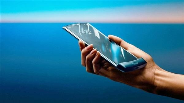 摩托罗拉RAZR折叠屏手机1月26日开启预定:2月6日正式发货