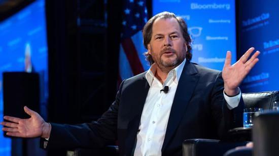 Salesforce CEO 马克·贝尼奥夫已成为科技行业顶级交易撮合者
