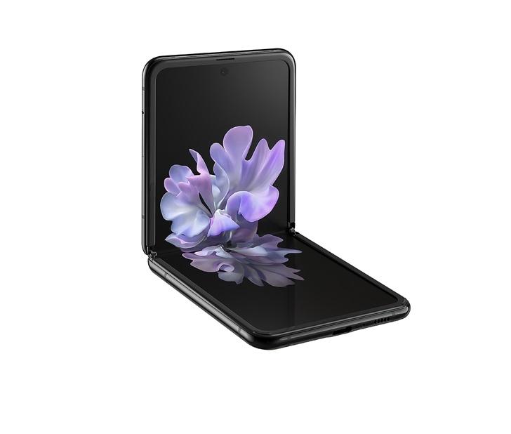 三星折叠屏手机Galaxy Z Flip正式发布:采用可弯曲超薄玻璃,售价1380美元