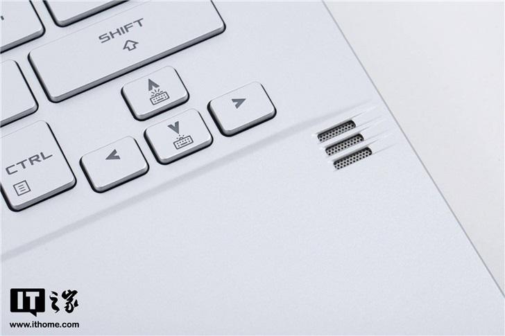 【IT之家评测室】ROG幻14体验评测:独创光显矩阵屏,14寸机身塞进RTX2060 20200525135122_4833.