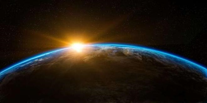 只有巴掌大的卫星,能绕地球飞行检测辐射