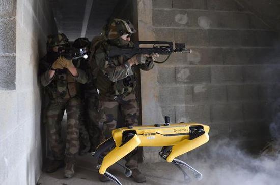 机器狗 Spot 被用作军事演习,波士顿动力:我们也是刚知道