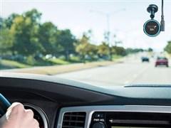 智能手表商Garmin推出车载设备:内置Alexa语音