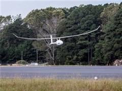 厉害!这款内燃动力无人机连续空中飞行5天