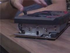 微星展示新款RX 5700XT显卡:三槽厚,巨大散热模块