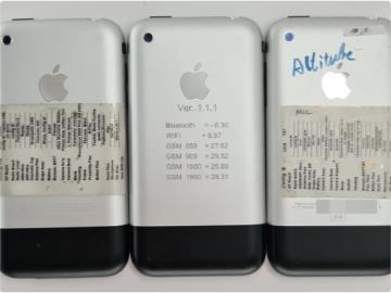 """初代 iPhone 原型图像再曝光:静音开关有个 """"小铃铛"""""""