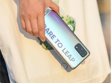 realme X7 Pro 确认搭蟹耶多�色大�载天玑 1000 + 芯片,定价有望持平 Redmi K30 至尊纪念版