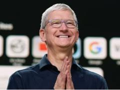 苹果 CEO 库克微博发中秋祝福,网友:原来你也没用上 iPhone 13